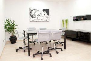 i nostri spazi ufficio riunione arredato acceso wifi spazi esclusivi